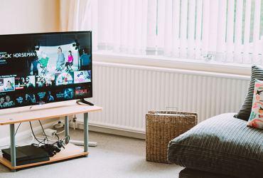 pria yang sering menonton tv akan berkurang spermanya
